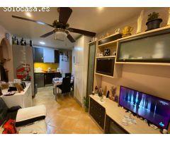 Apartamento de dos dormitorios, un baño y Salón-Comedor-Cocina. Piscina comunitaria. (No garaje)